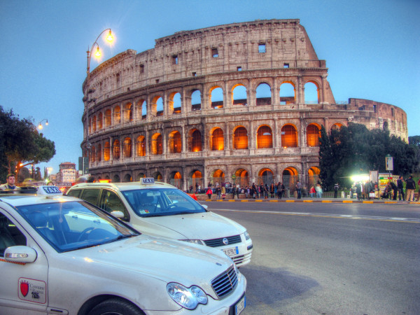 Colosseum Taxis - by Robert Lowe (creative commons)