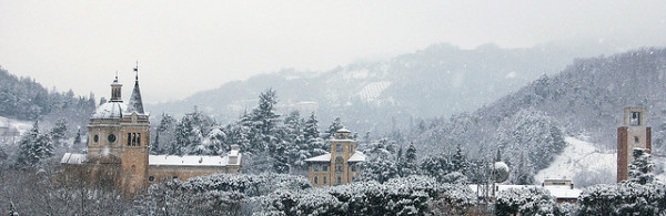 Snow in Emilia-Romagna hills    creative commons photo by Andrea