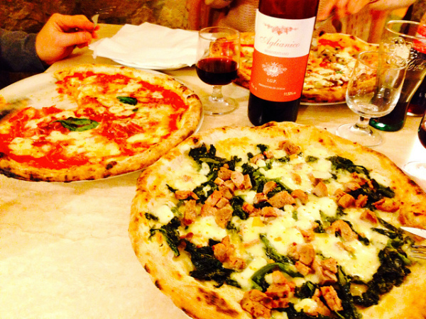 Pizzas in Naples || creative commons photo by Henryk Rypinski