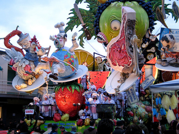 Viareggio Carnival || creative commons photo by Mike Seldman