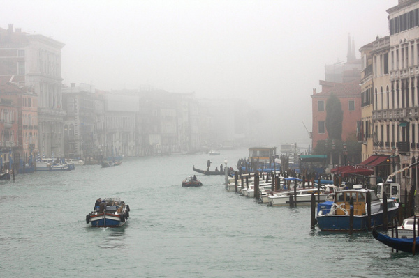 Winter fog in Venice || creative commons photo by Andrea Castelli