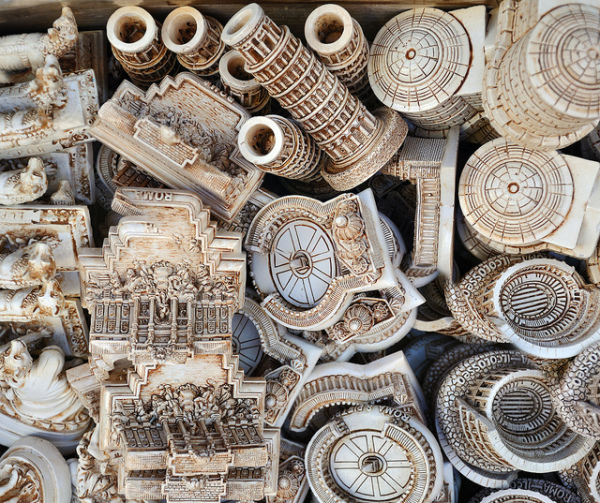 Italy souvenirs || creative commons photo by Giorgio Galeotti