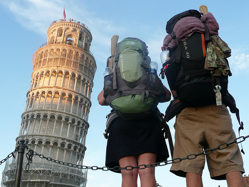 Authentically at the Leaning Tower of Pisa || creative commons photo by Lindy