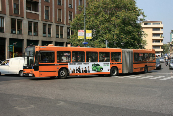 Milan bus || creative commons photo by Ian Fisher