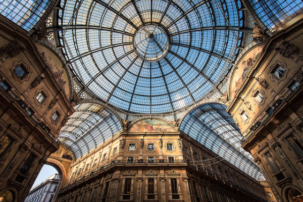 Galleria Vittorio Emanuele II || creative commons photo by Roberto Taddeo