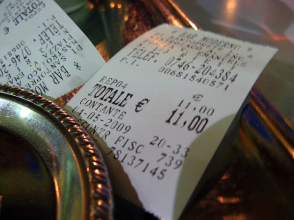 Receipt in Italy || creative commons photo by Randy OHC