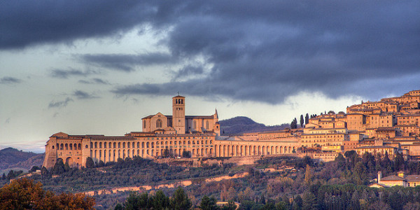Panorama of Assisi || creative commons photo by Roberto Ferrari