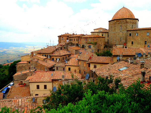 Volterra || creative commons photo by Dave & Margie Hill