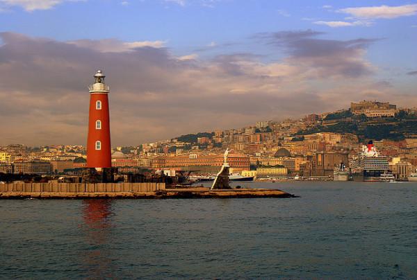 Leaving Naples by boat || creative commons photo by Alexandra Svatikova