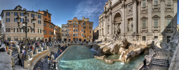 November at the Trevi Fountain, without its usual crowds || creative commons photo by Giorgio Galeotti