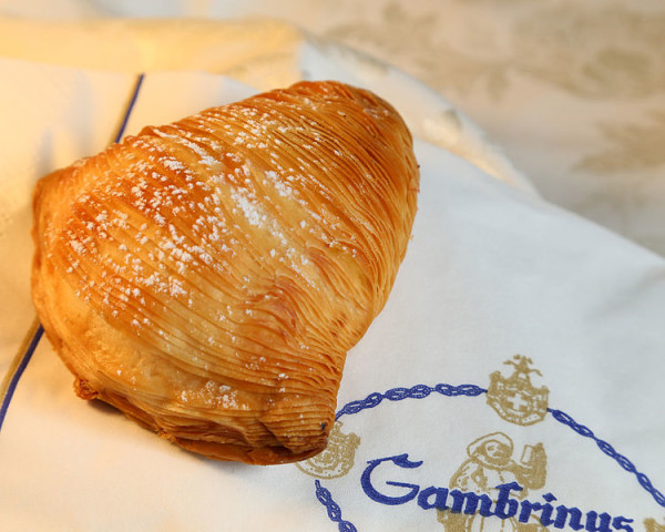 Sfogliatella at Naples' famous Gambrinus || creative commons photo by Michele Sergio