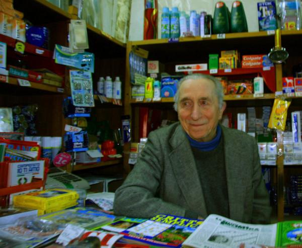 adotta un nonno || creative commons photo by Valentina Mignano