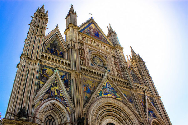 Orvieto Duomo || creative commons photo by Andy Hay