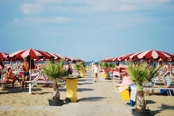 Rimini beach || creative commons photo by siri bl
