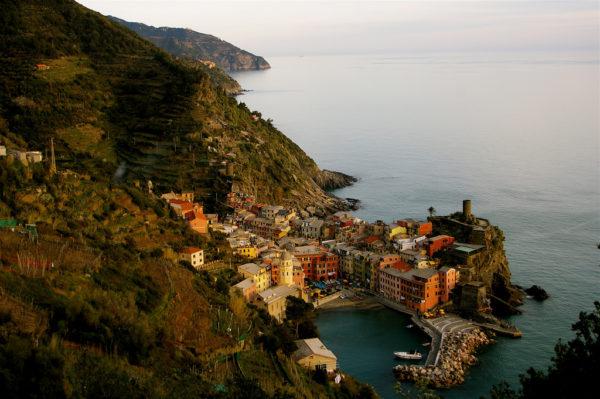 Looking back at Vernazza from the Blue Trail || creative commons photo by teldridge+keldridge