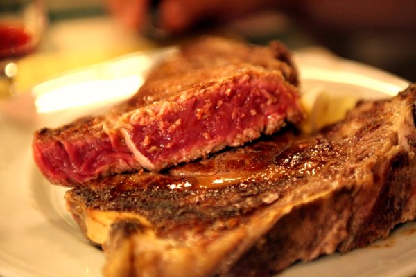 Bistecca all Fiorentina || creative commons photo by Gail