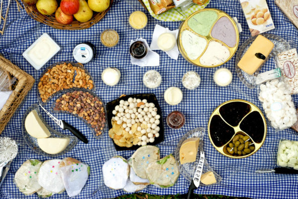 Picnic spread || creative commons photo by Michell Zappa