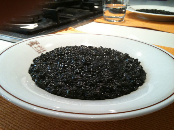 Risotto al Nero di Seppia || creative commons photo by Micaela & Massimo