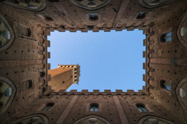 View of the Torre del Mangia || public domain photo by Davide Cantelli