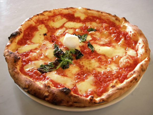 Pizza Margherita || creative commons photo by ElfQrin