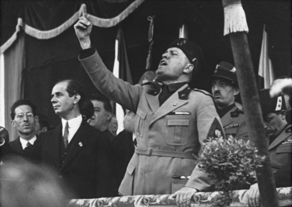 Mussolini in Milan, 1930 || creative commons photo via German Federal Archives
