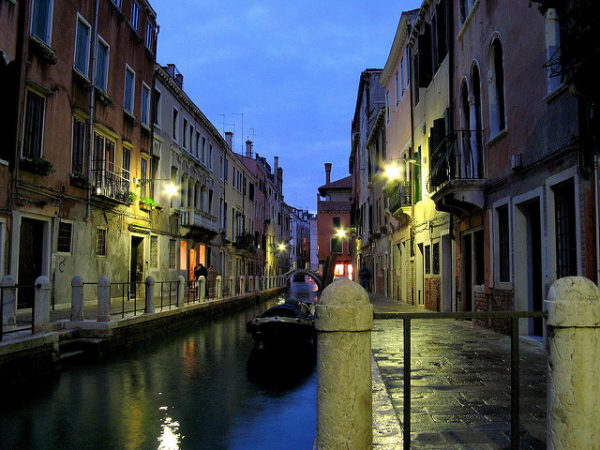 Venice canal at night || creative commons photo by Anna Fox