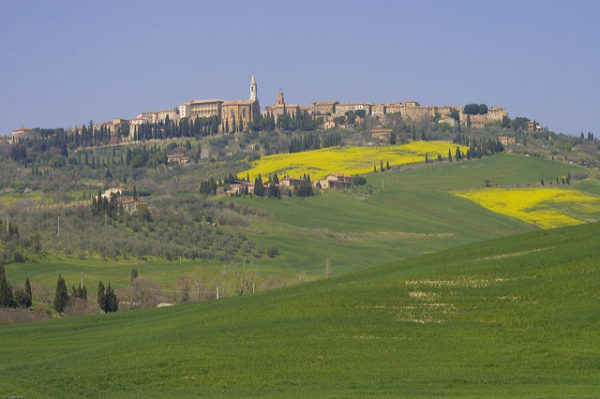 A view of Pienza || creative commons photo by Yaniv Ben-Arie