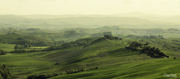 Val d'Orcia || creative commons photo by Yann Cœuru