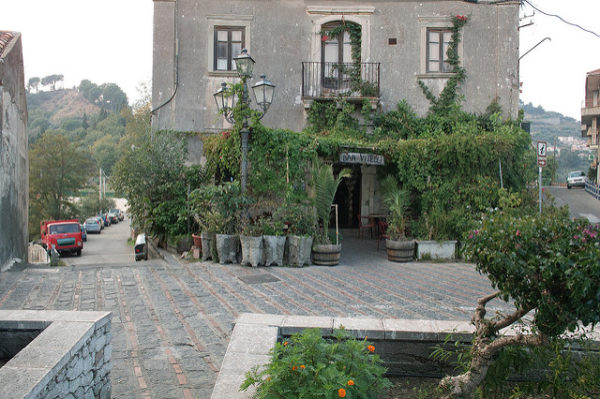 Bar Vitelli in Savoca || creative commons photo by michiel mobach