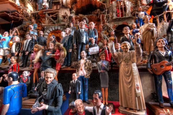 Pop culture presepio figures || creative commons photo by Umberto Rotundo