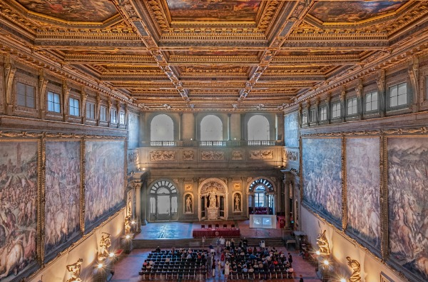 Salone dei Cinquecento in Palazzo Vecchio || creative commons photo by Gary Campbell-Hall